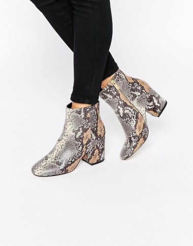 http://us.asos.com/asos/asos-rachelle-heeled-ankle-boots/prd/6699410?iid=6699410&affid=14174&channelref=product%20search&mk=abc&currencyid=2&ppcadref=753857714